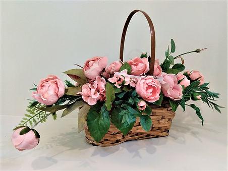 21 Flower Pk wood roses oblong basket.jpg