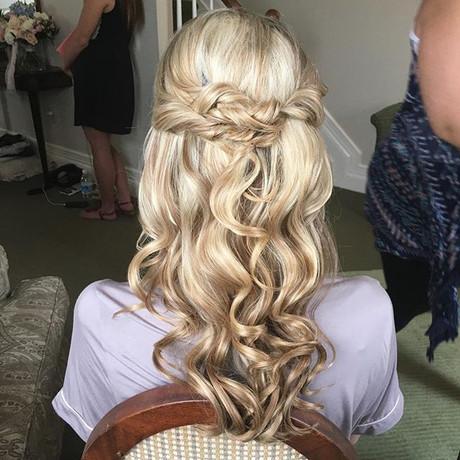 #weddinghair #hairstyles #halfup #bridal