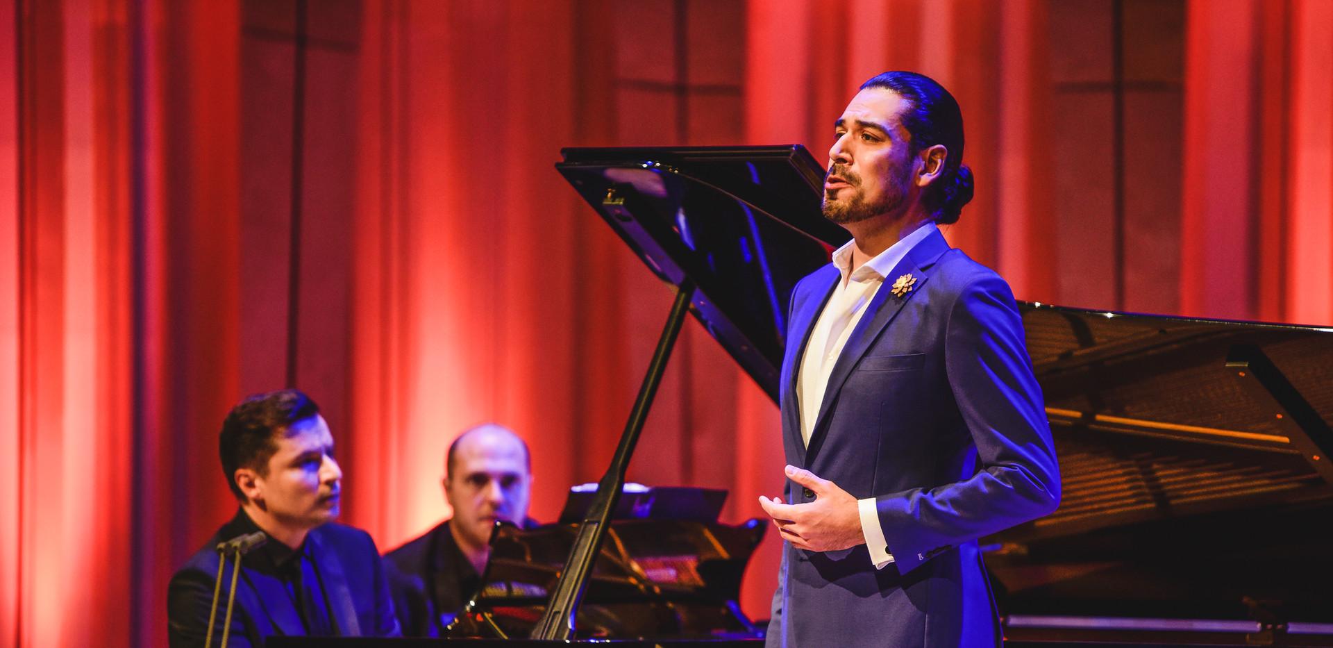 Simon Lepper - piano 2019 BBC Cardiff Singer of the World photo - Kirsten McTernan