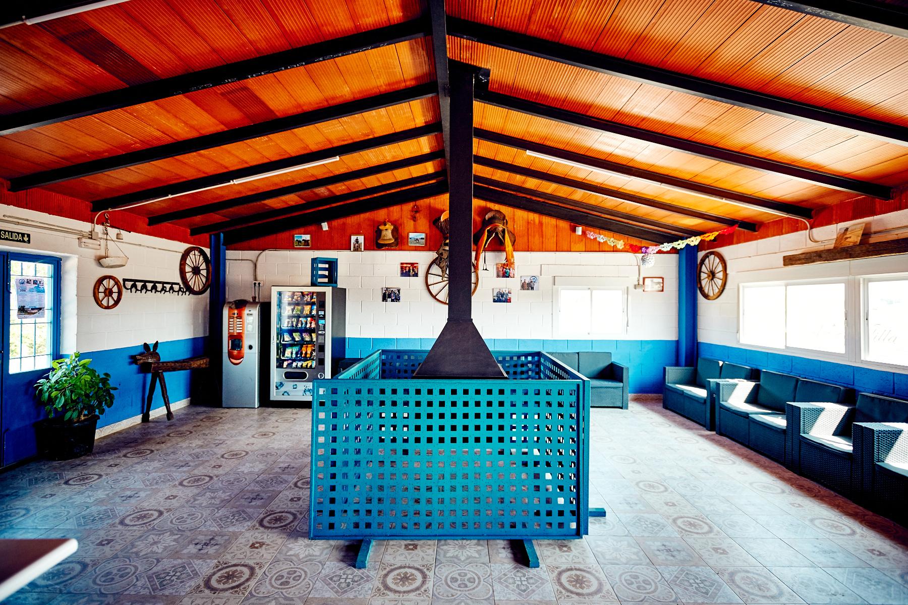 Vista Interior Salón Social