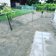 Remise en état de la parcelle et jet de semis de gazon - Avant