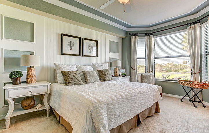 722 x 460_river_strand_barrington_master_bedroom