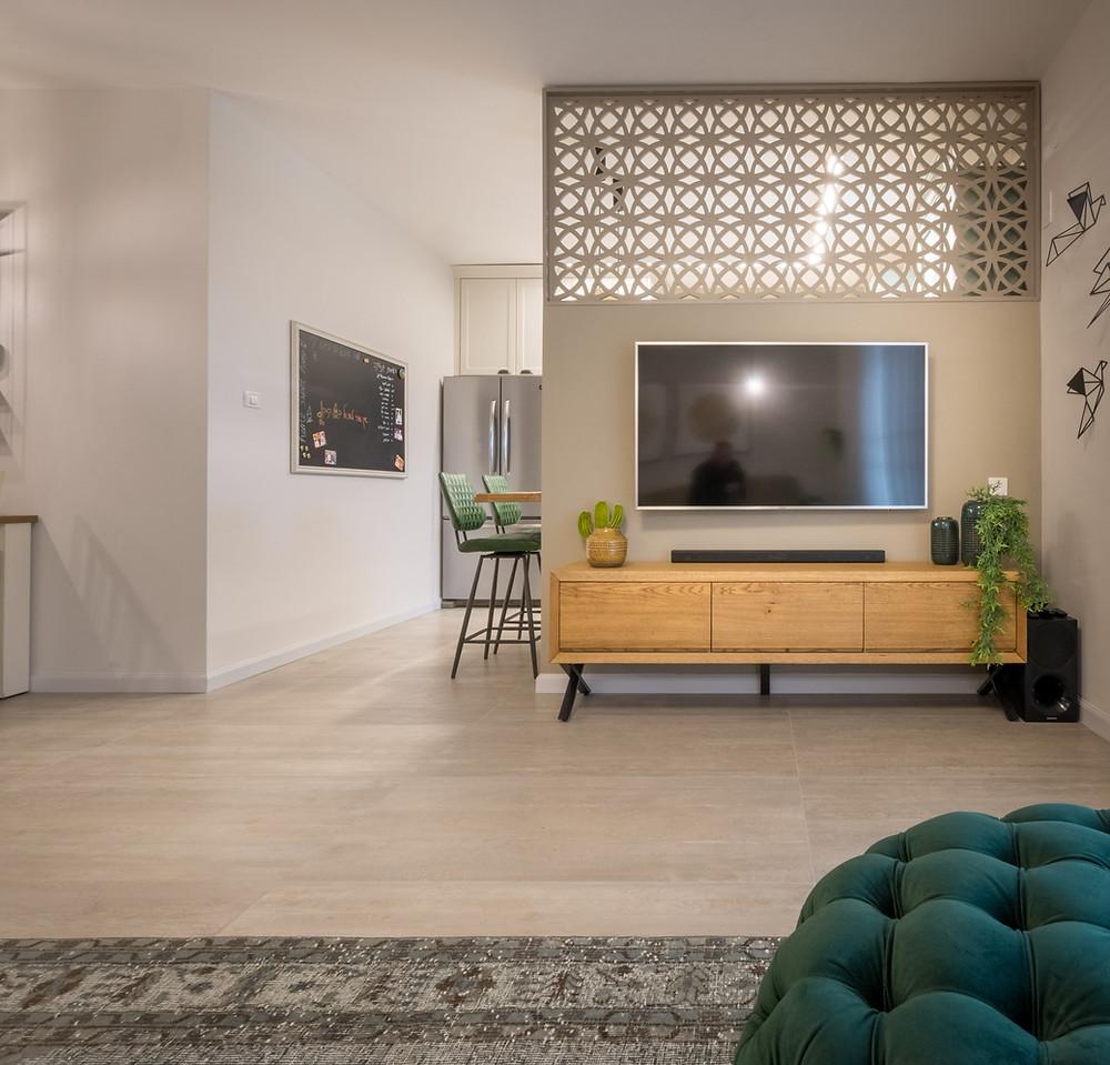 קיר טלוויזיה דקובריק