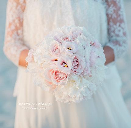 Brautstrauß puderrosa
