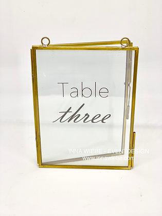 Tischnummer Glas mit goldenem Rand