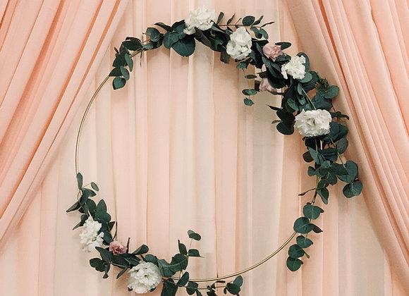 Blumen auf Ring gebunden (ohne Ring)