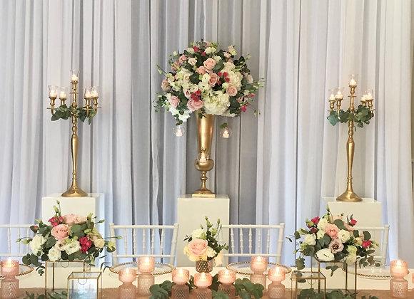 einfacher Brautpaartisch
