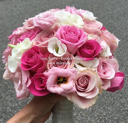 Brautstrauß aus Rosen und Lisianthus