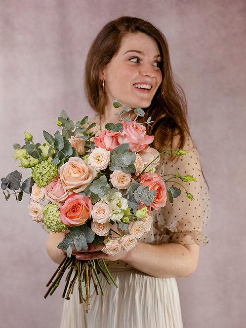 Frischblumenstrauß Isabella Größe M