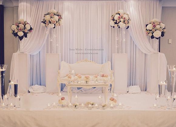 Brautpaartisch mit Barock Couch