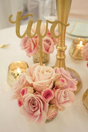 kleines Sträußchen aus Rosen und Strauchrosen