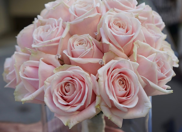 Brautstrauß nur aus Rosen