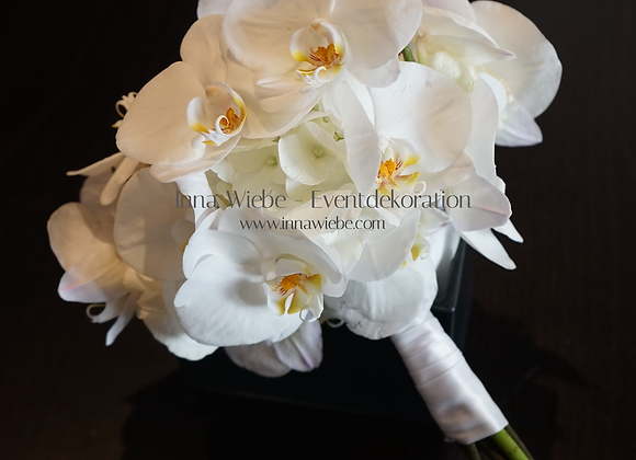 Brautstrauß aus Orchideen und Hortensien