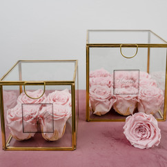 Flowerbox by Inna Wiebe Foto: Loredana La Rocca_https://www.loredanalarocca-hochzeiten.de
