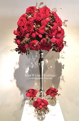 Gesteck zum Anbeißen auf Blumenständer Silber