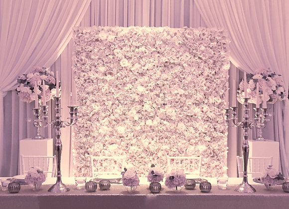 Brautpaartisch Flowerwall