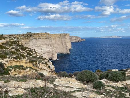 Entre los Riscos de Gozo: Kempinski San Lawrenz