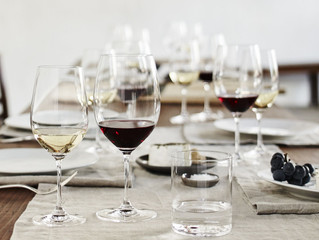La Historia Detrás del Grape Varietal Specific Glassware