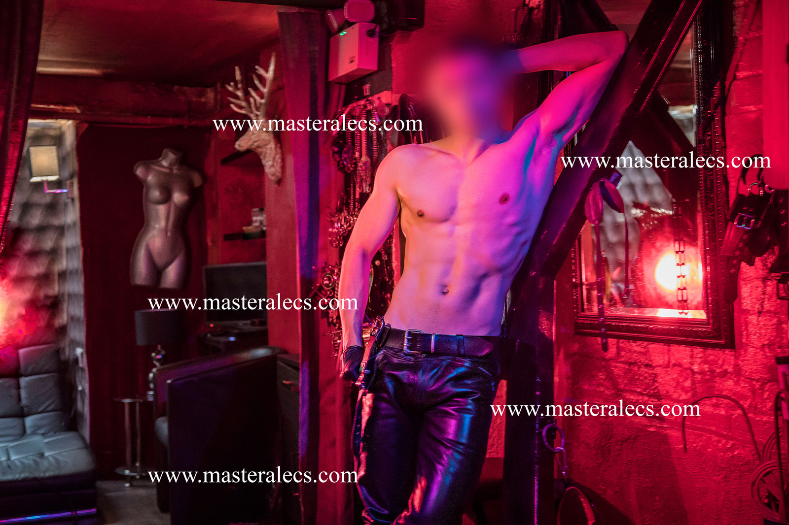 master gay paris