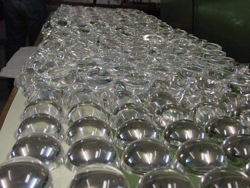 Sphères en cours de fabrication