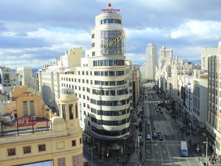 """נדל""""ן מסחרי בספרד: שיעורי הנכסים המסחריים הפנויים במרכז ברצלונה ומדריד עוברים את רף ה 10%."""