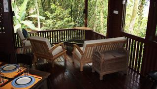 Cottage - Sitting