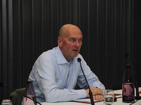 Mr. Bernard Kuiten