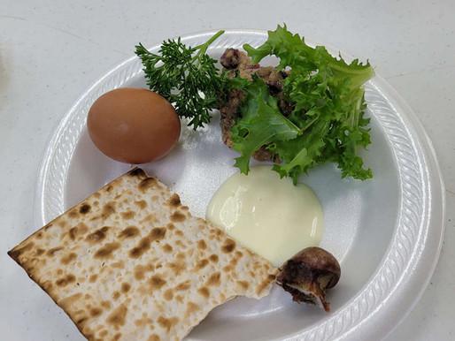 Men's Residence Celebrates Seder Passover Meal