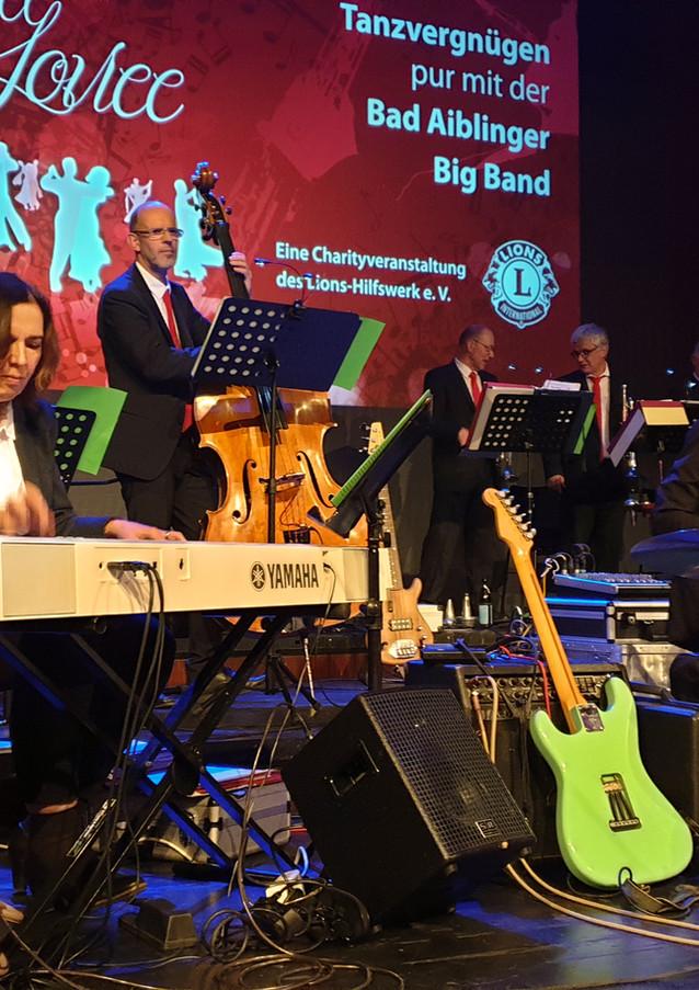 Big Band001.jpg