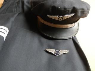 Is the Pilot Shortage Real?(TESTE SEU ICAO)