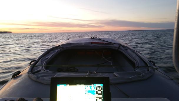 Layout boat hunting