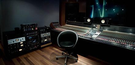 layout.background-image.studioA.jpg