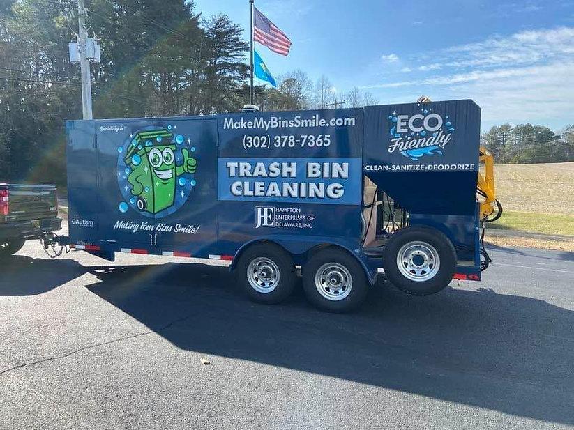 trash trailer.jpg