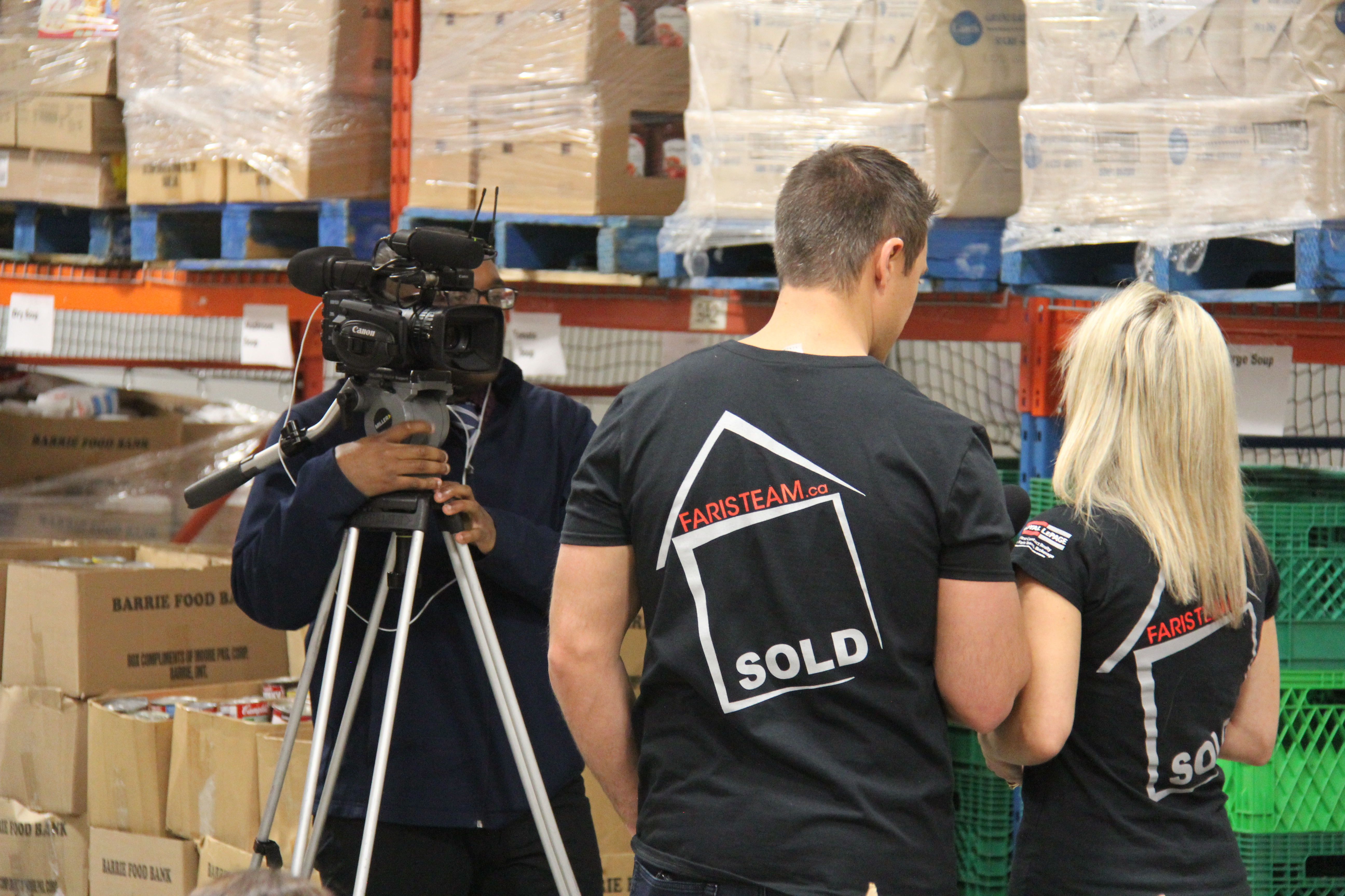 Mark and Joanna Faris interviewed by CTV Barrie at Food Bank April 2017 by PMJ Inc