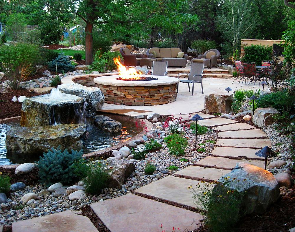 Poner una chimenea en el jardín: Chimenea en plena naturaleza