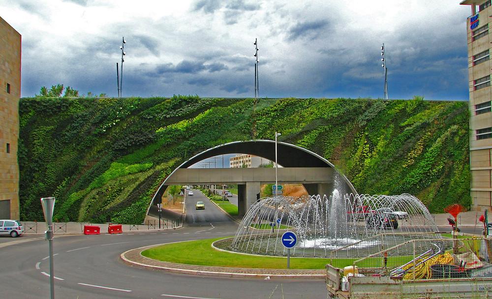 Jardín vertical en Puente Max Juvenal (Francia)