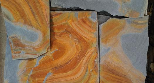 Piedra irregular Negro Fuego (1).jpg