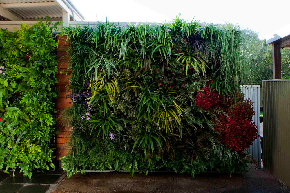 Jardines verticales para ocultar espacios