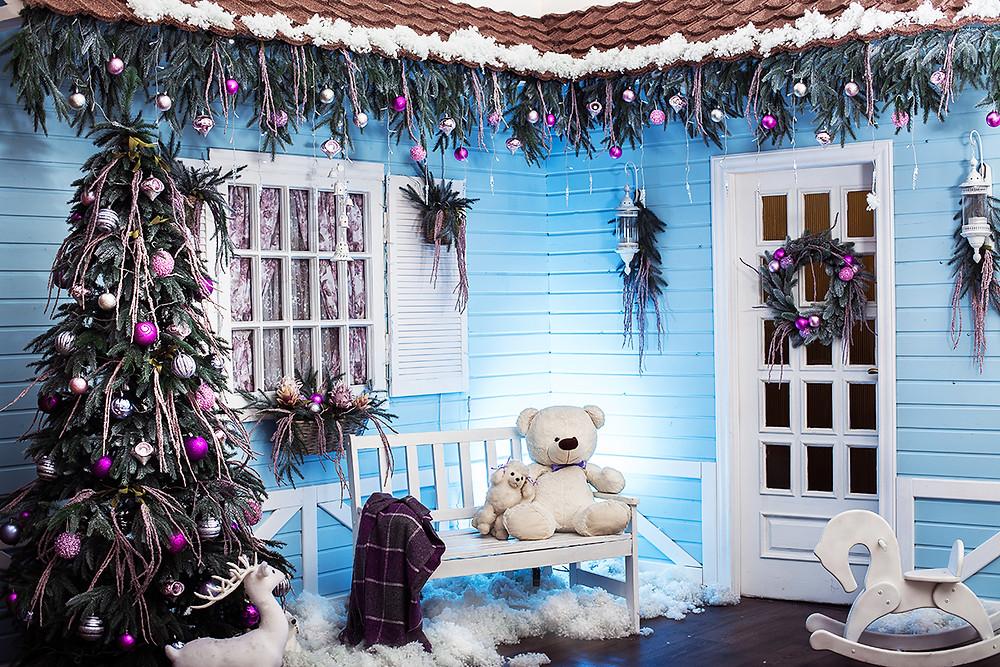 Decorar un jardín en Navidad con peluches