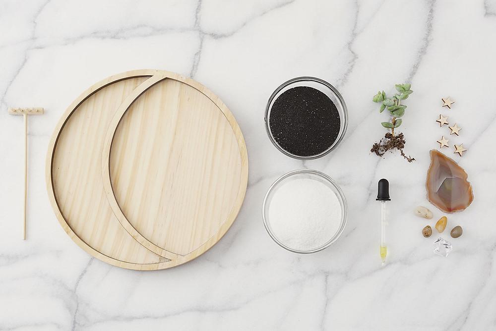 Materiales para hacer un jardín zen en miniatura