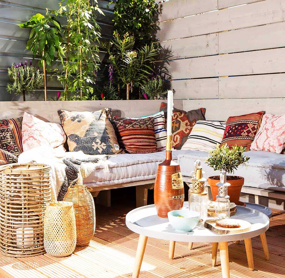 Chill out en el jardín: sencillo y cálido