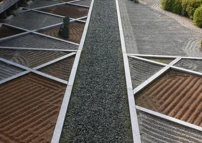 camino de piedras zen jardin