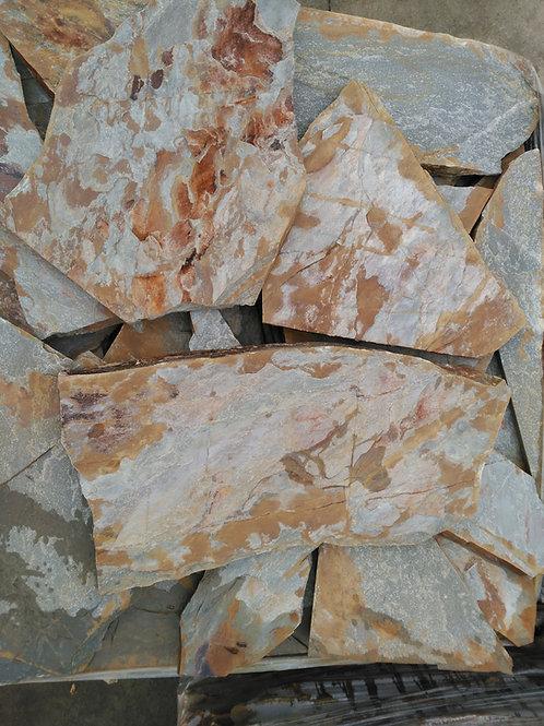 Piedra irregular pirineos