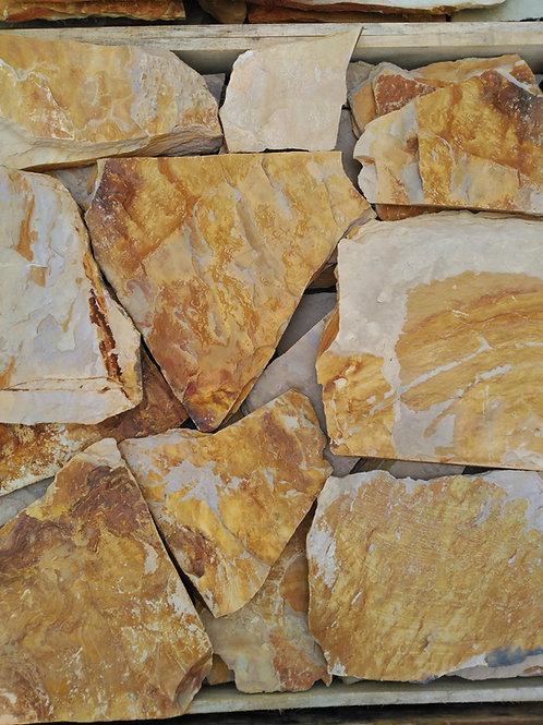 Piedra irregular rústica amarilla