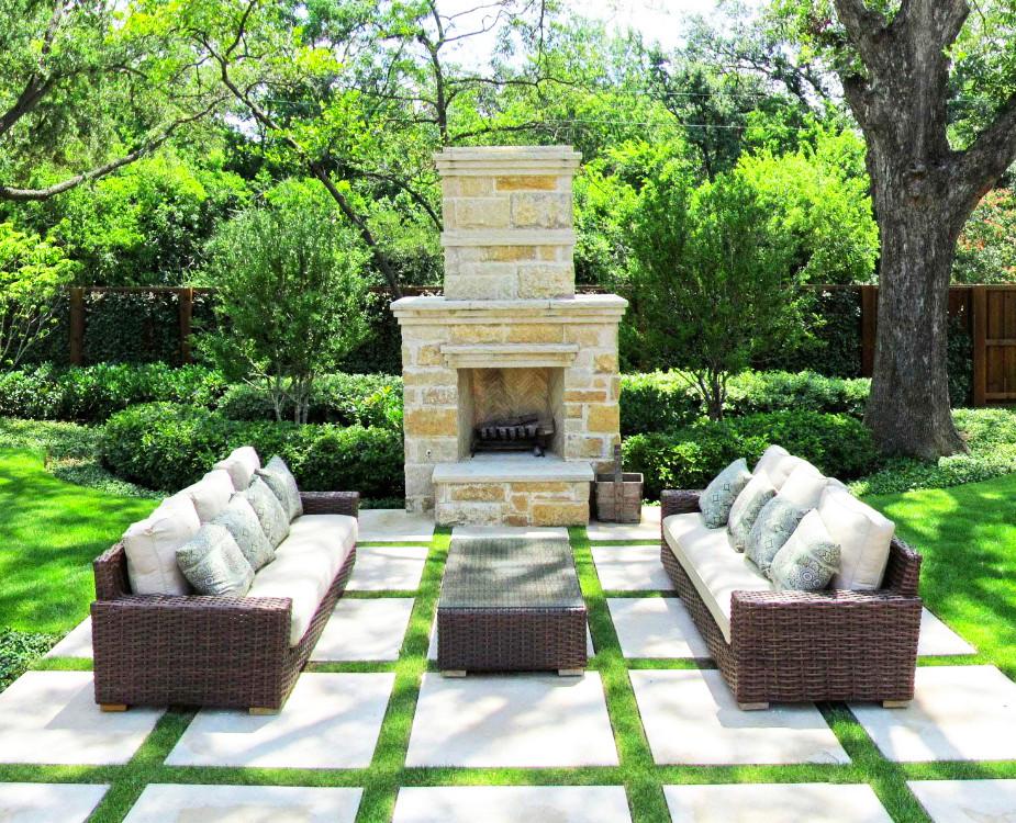 Poner una chimenea en el jardín: un salón en el jardín