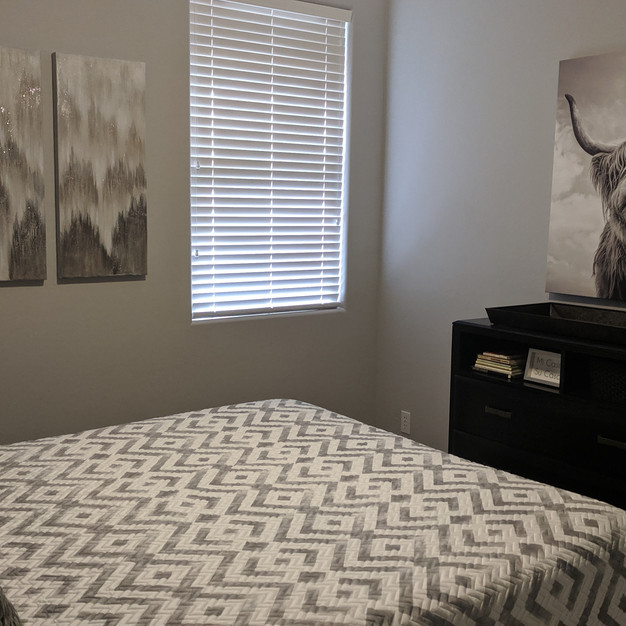 Residential - Guest Bedroom