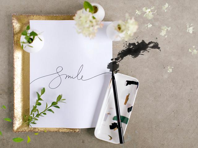 Smile_Paper_whiteflwr.jpg