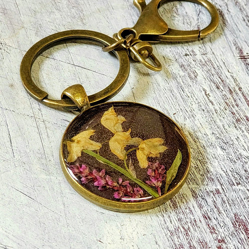 Wildflowers in resin, lily of the valley keychain in bronze