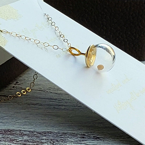 Mustard seed necklace in gold