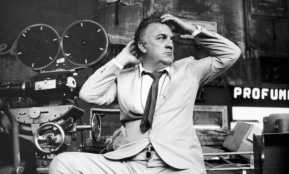 Cento di questi Fellini